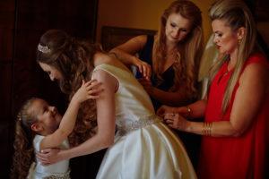 reportaż ślubny, przygotowania do ślubu, pałac polanka w krośnie