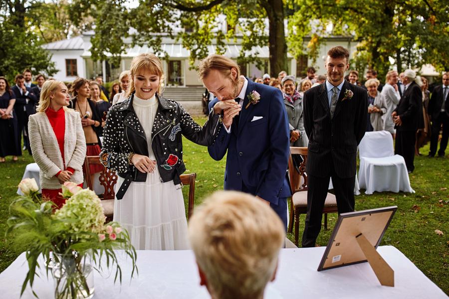reportaż ślubny, ślub plenerowy, dwór radzin