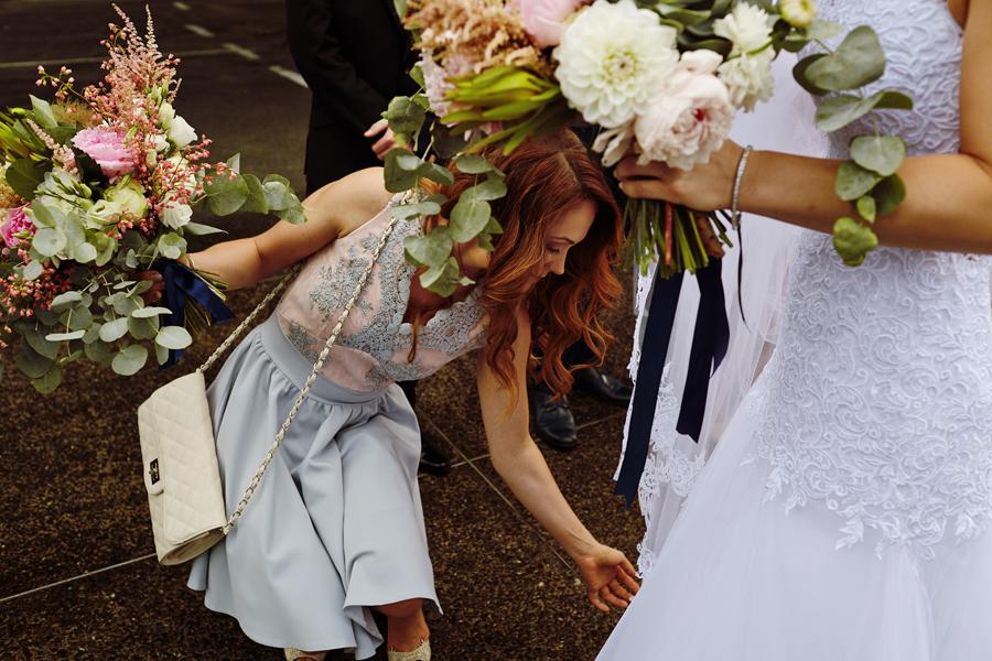 reportaż ślubny, bukiet ślubny w stylu boho