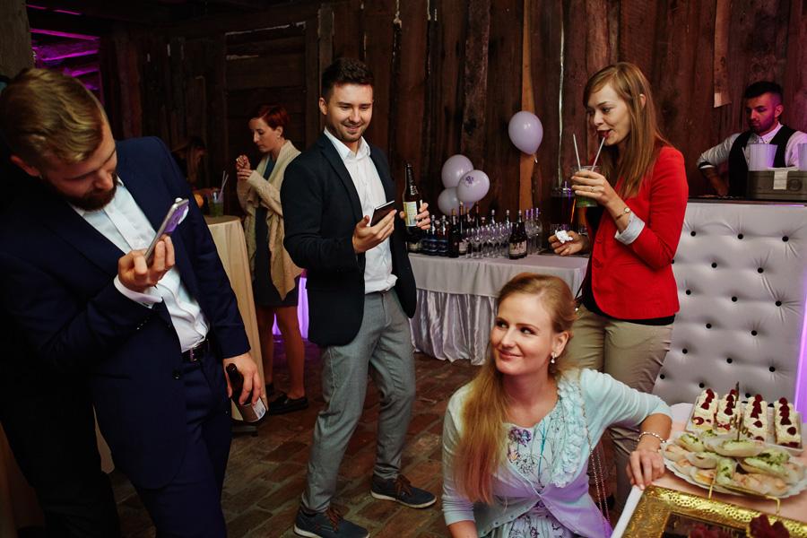 reportaż ślubny kraków, wesele w stylu rustykalny, wesele w stylu boho, wesele w stodole
