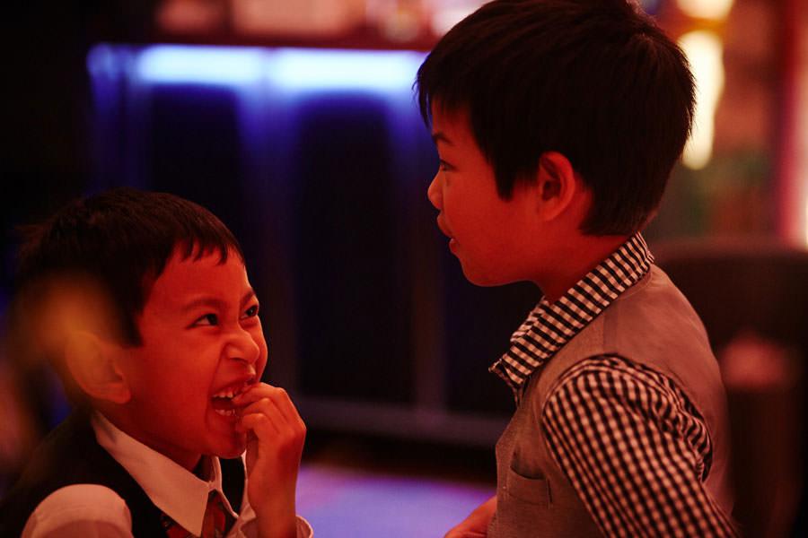 dzieci na weselu hotel stary
