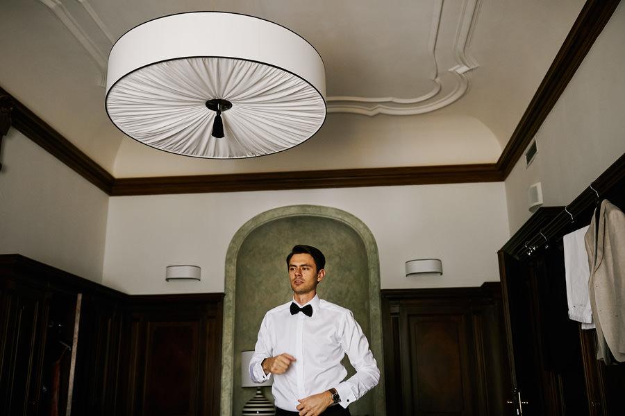przygotowania do ślubu w pałacu goetz