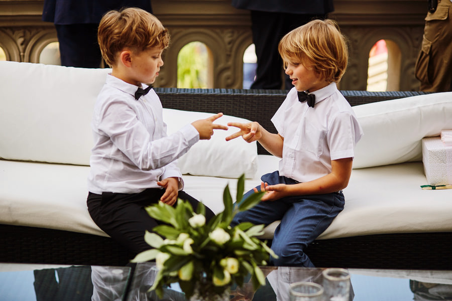 dzieci na weselu w pałacu goetz