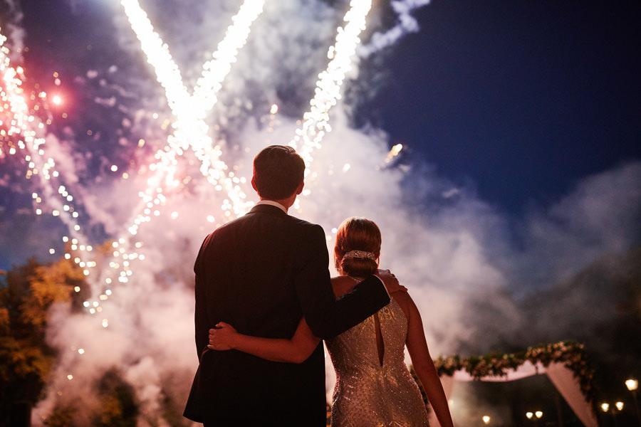 sztuczne ognie na weselu w pałacu goetz