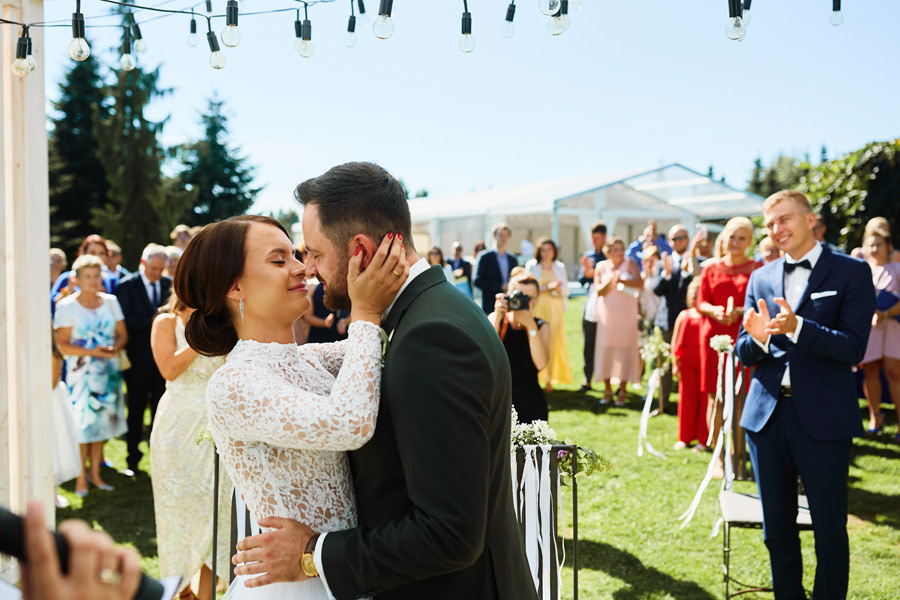 ślub plenerowy ogród brzoskwinia